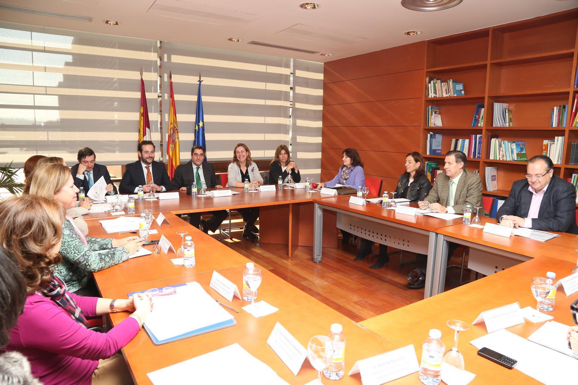 Castilla-La Mancha constituye la Comisión Regional de Protección Jurídica del Menor