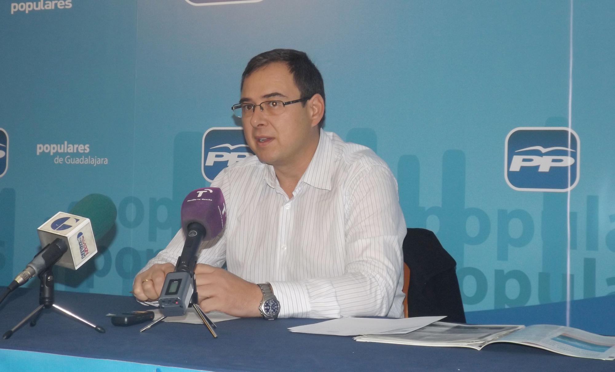 """El PP asegura que """"Bellido demuestra que es un mal gestor; ha aprendido en la peor escuela posible, en la de Barreda, Page y Zapatero"""""""