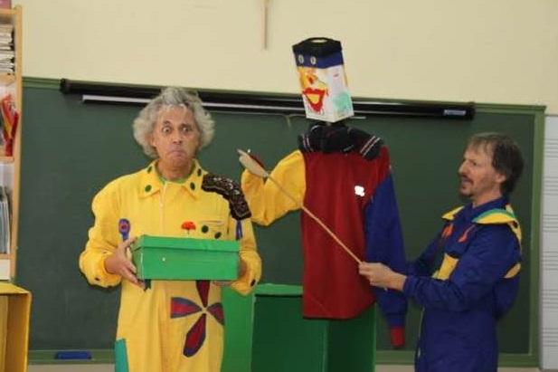 Un monologuista de la Paramount Comedy animará a reciclar a los adolescentes en la Vega del Henares