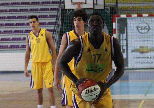 El Alza Basket Azuqueca se sigue reforzando llega Alioune Senghor