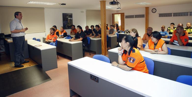 160 agrupaciones de voluntarios de Protección Civil recibirán ayudas para la adquisición de uniformes y material
