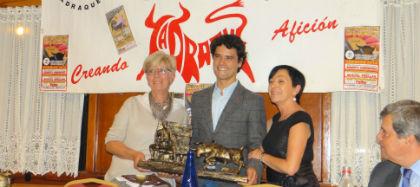 La Peña Taurina Jadraqueña entregó sus premios anuales, recordando siempre al ganadero Juan Barriopedro