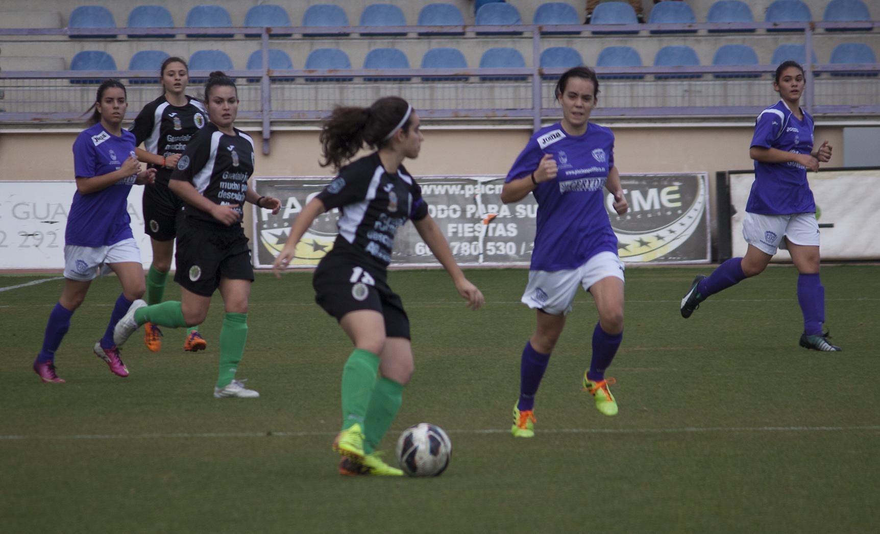 Torneo triangular de fútbol femenino con motivo del Día Internacional contra la Violencia de Género