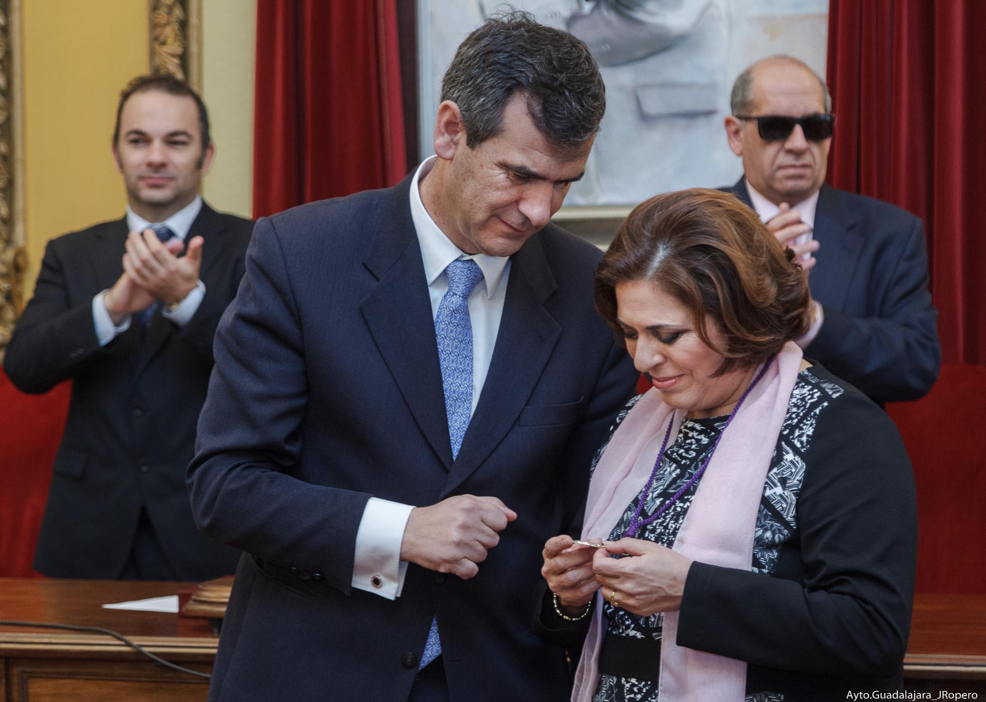 Guadalajara entrega su Medalla de Plata a la O.N.C.E.