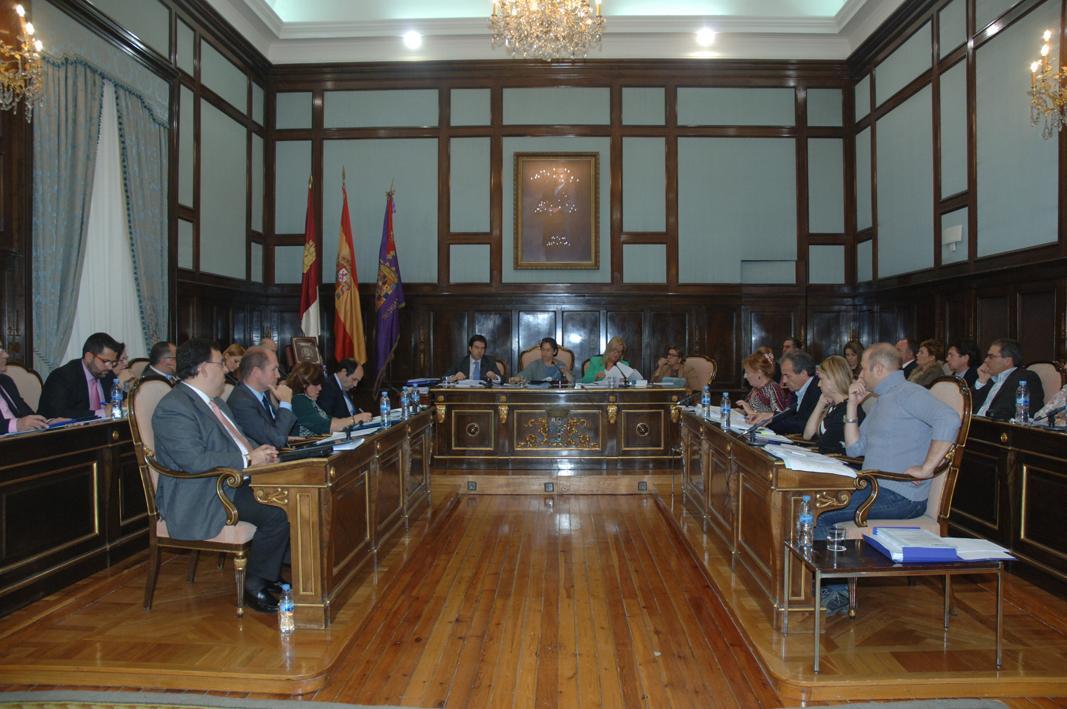 El Pleno de la Diputación aprueba los presupuestos para 2015 con un marcado carácter social e inversor