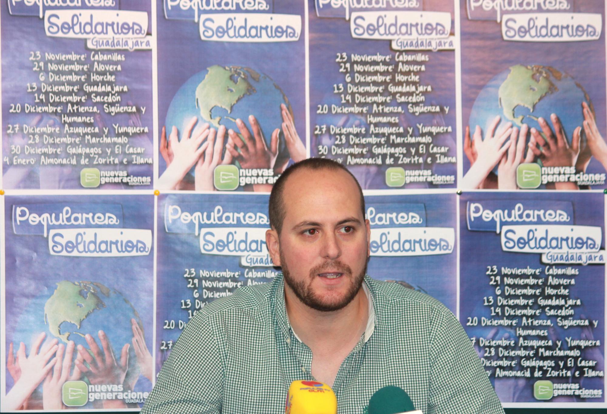 """El presidente de NN GG Guadalajara presenta la campaña """"Populares Solidarios"""" que este año también recogerá juguetes además de alimentos no perecederos"""