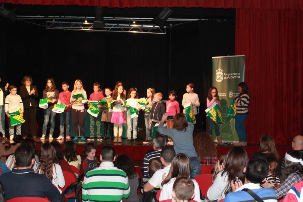 Cerca de 1.300 alumnos participaron en el 'Concurso de Marcapáginas Alovera 2014'
