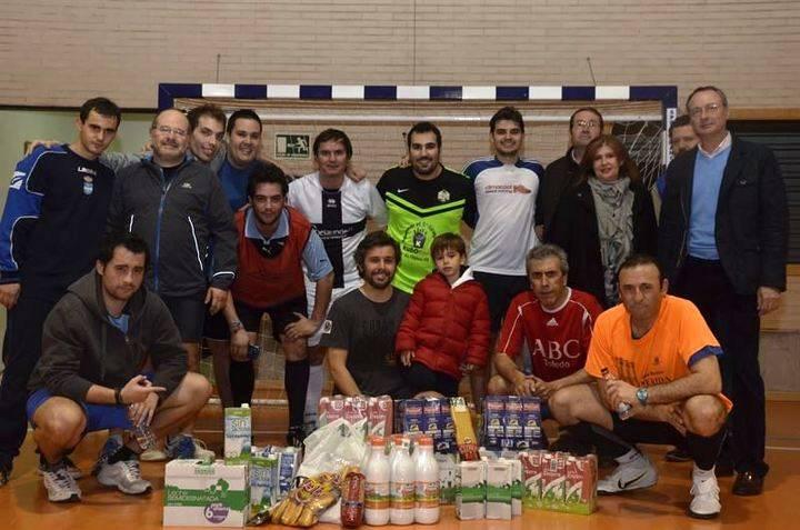Los periodistas de Toledo muestran su lado más solidario en un gran partido de fútbol