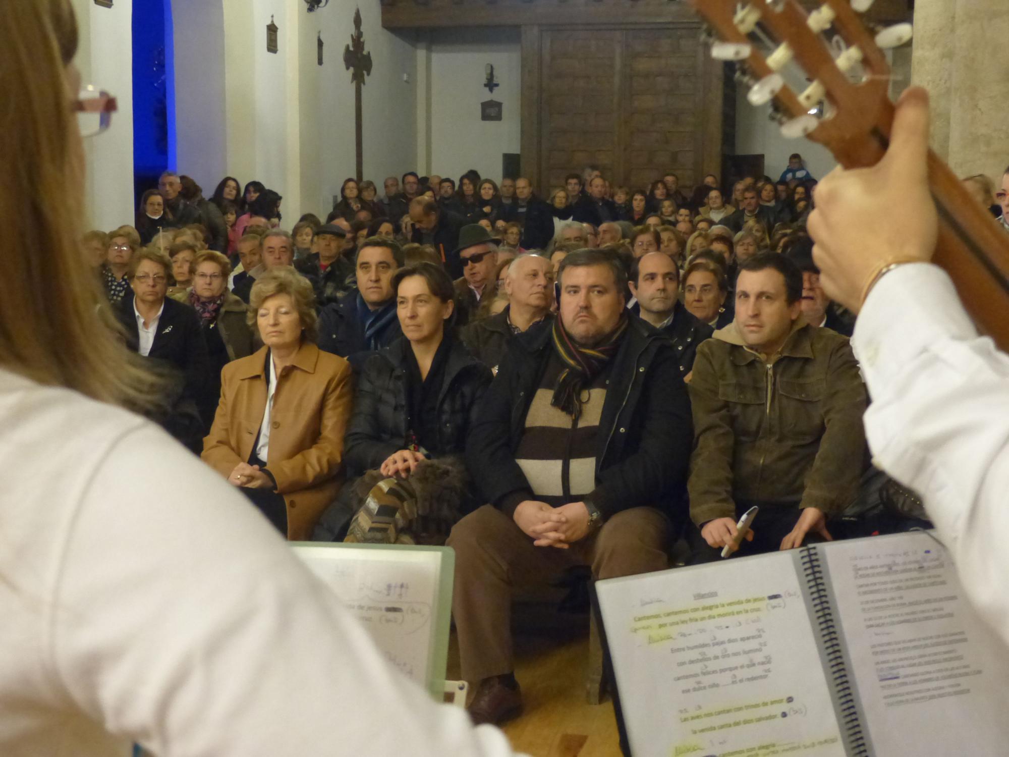 La presidenta de la Diputación anima a los jóvenes a participar activamente para mantener nuestras tradiciones