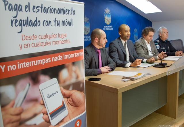 Ya es posible pagar el estacionamiento regulado con el móvil, en cualquier momento y desde cualquier lugar