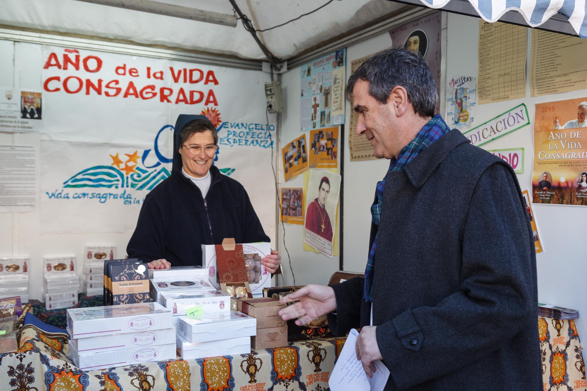 Inauguradas la Feria de Artesanía y el mercado navideño en el centro histórico de la ciudad