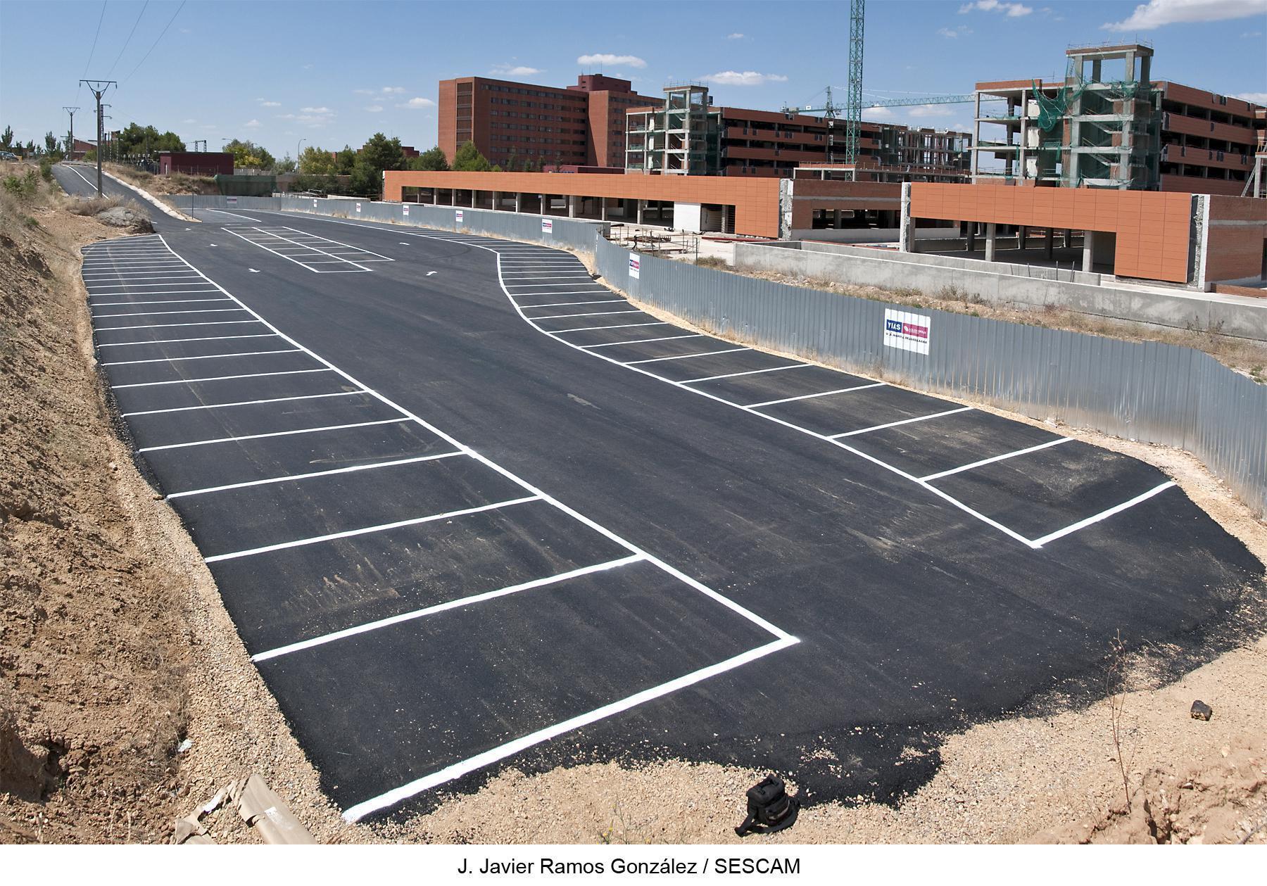 La segunda fase de las obras del aparcamiento adyacente al Hospital de Guadalajara comenzará en enero