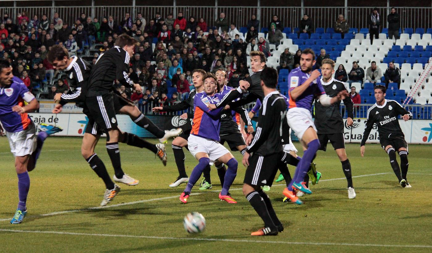 Deportivo Guadalajara y Real Madrid Castilla dejan los goles para 2015