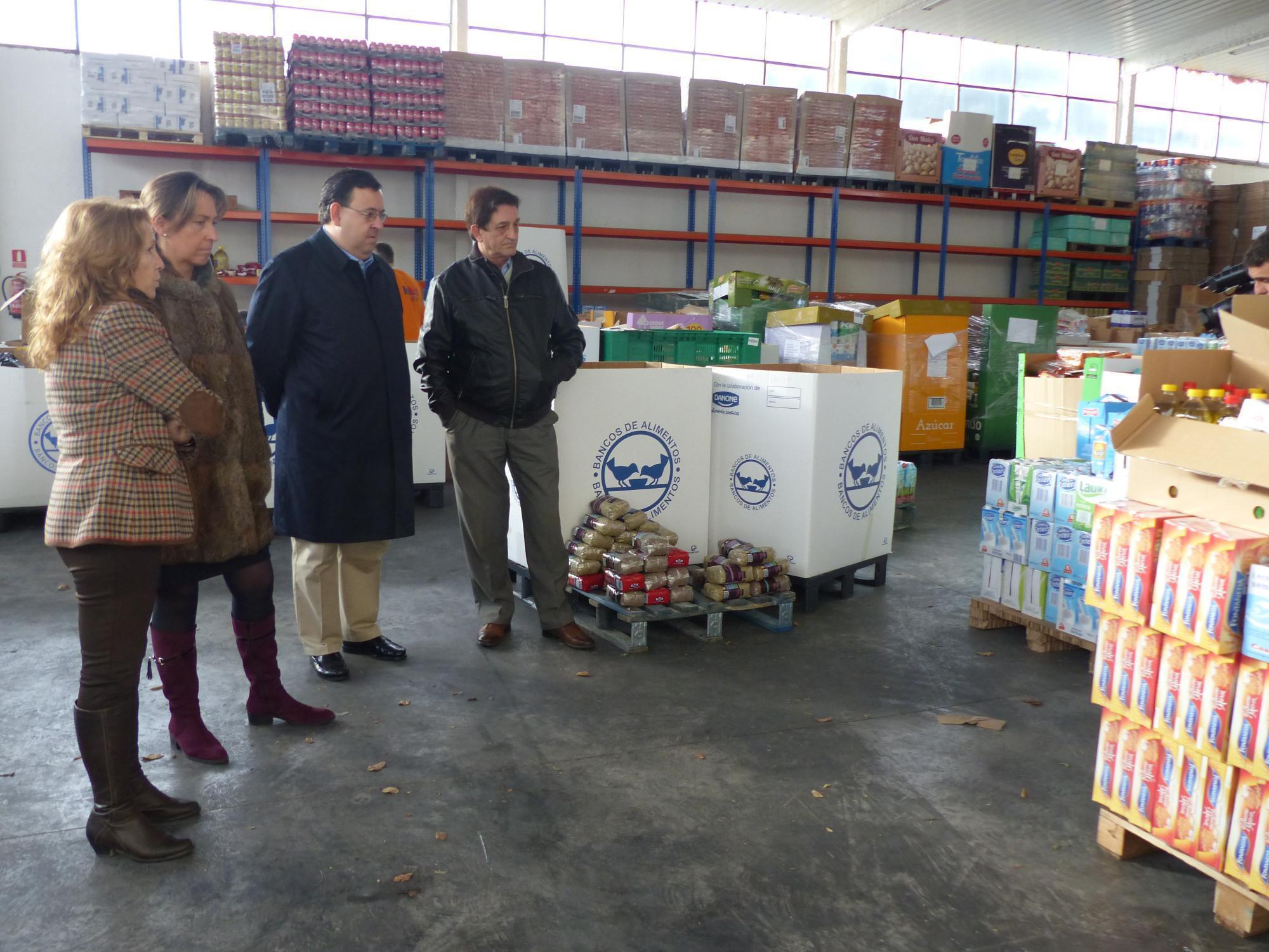 """Guarinos: """"La labor del Banco de Alimentos es fundamental hoy en día por ello hemos incrementado la ayuda desde la Diputación"""""""