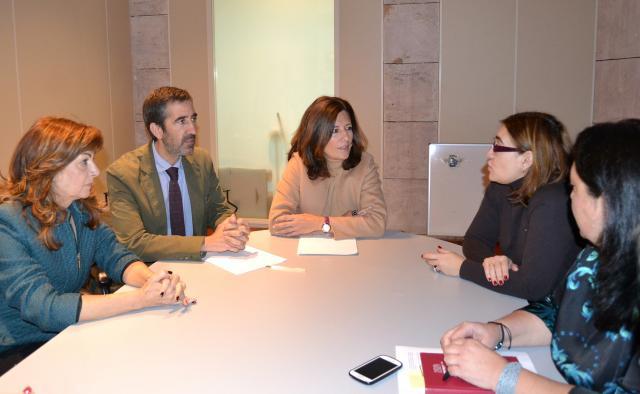 Mar España afirma en Guadalajara que las medidas aprobadas por el Gobierno de Cospedal favorecen la mejora de las condiciones de vida de las mujeres de nuestra tierra