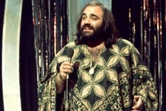 Muere a los 69 años el cantante griego Demis Roussos