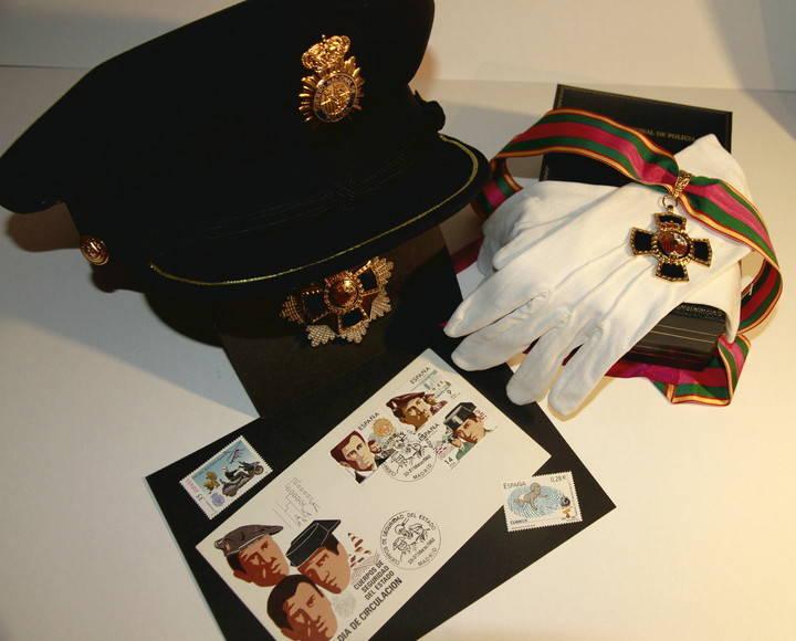 La sala de exposiciones de Alovera acogerá una muestra filatélica de sellos de policía del mundo