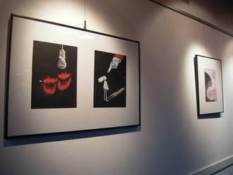 Alegato artístico contra la violencia de género en la sala de exposiciones de Valdeluz