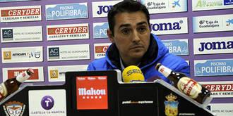 """Salvachúa: """"Nuestra motivación cada semana es la de subir a Segunda División"""""""