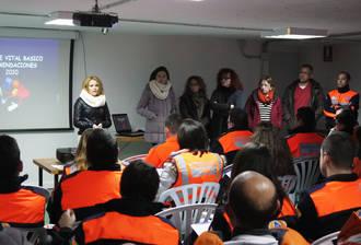 Villanueva de la Torre acoge el primer curso de Protección Civil del año en su nueva sede local, con voluntarios de toda la provincia