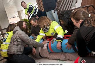 Profesionales sanitarios participan en un curso que aborda el manejo inicial del paciente politraumatizado