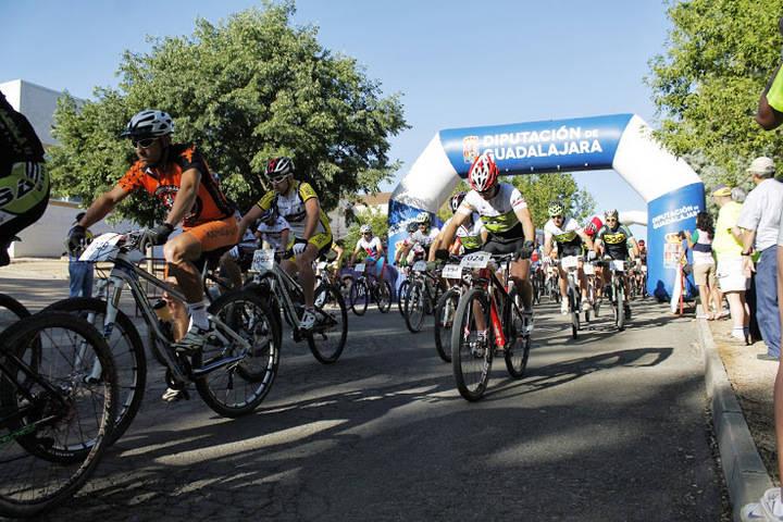 El Centro San José acoge la entrega de trofeos del III Circuito Provincial de MTB