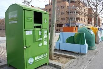 En 2014 los vecinos de Yebes reciclaron 4.247 kilos de ropa y calzado en los contenedores que Humana tiene en Valdeluz
