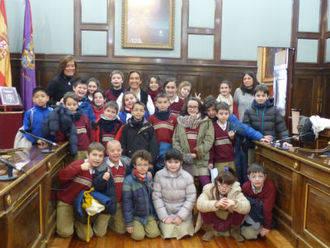 Los escolares conocen de primera mano la gran labor que la Diputación realiza en los pueblos