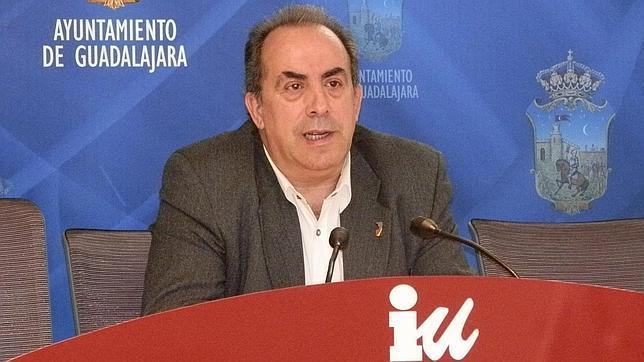José Luis Maximiliano gana las primarias de Izquierda Unida en Guadalajara