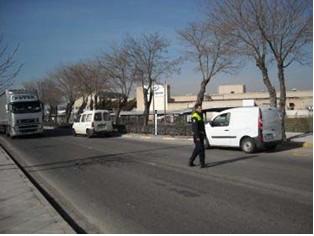 La Policía Local de Alovera se adhiere a la campaña de control de camiones y furgonetas que llevará a cabo la DGT