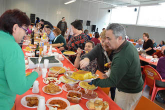 La tortilla, protagonista del Jueves Lardero en Azuqueca de Henares