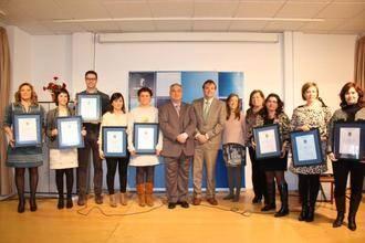La residencia Los Nogales de Fontanar recibe la certificación de calidad de sus cartas de servicios