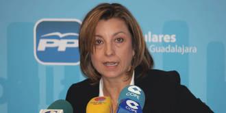 Encarnación Jiménez presenta a FCG las ayudas municipales para la contratación de desempleados