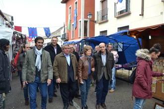 Las instituciones respaldan la tradicional Feria de Mercaderías de Tendilla