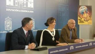 """Guarinos: """"La Feria Apícola sitúa a nuestra provincia en el punto de referencia del sector a nivel mundial"""""""