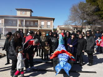 El Carnaval llegó a Villanueva de la Torre cargado de alegría, color y originalidad