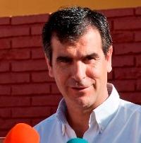 """""""Tómate una caña con Antonio Román"""""""