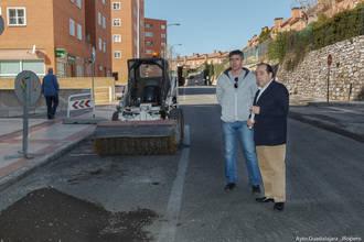 Mariano del Castillo presenta las obras que se están ejecutando en un tramo de la Cuesta de Hita