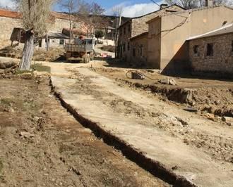 En marcha las obras de renovación en la Placetilla de Palancares