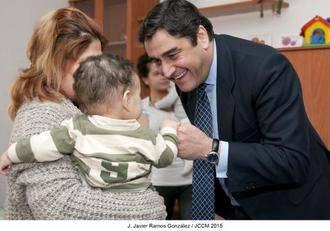 Sanidad y Asuntos Sociales crea el distintivo 'Municipio Amigo de la Familia de Castilla-La Mancha'