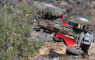 Fallece un hombre en Escopete tras volcar el tractor que conducía