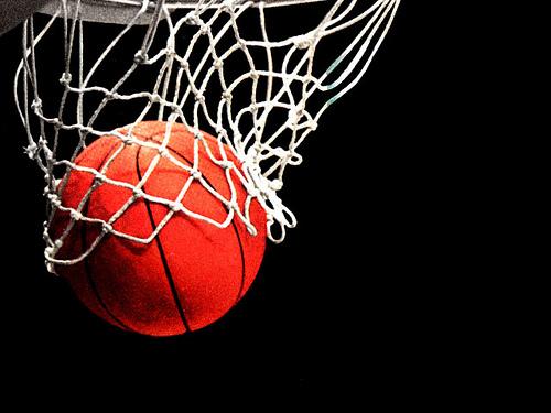 Algo huele a podrido en la Federación de Baloncesto de CLM con una deuda de 600.000 euros