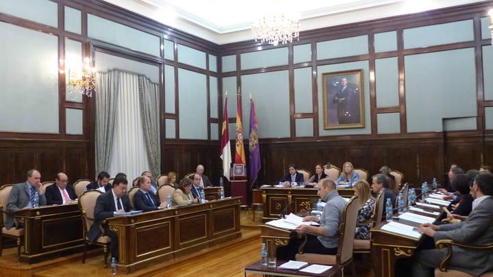 La mitad del Presupuesto de la Diputación irá destinado a inversiones en beneficio de los pueblos de la provincia