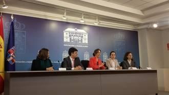 Ana Guarinos anuncia la puesta en marcha de la Cátedra Manu Leguineche con diversas actividades académicas y un premio de periodismo