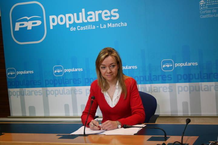 """Inmaculada López asegura que el pacto Page-Podemos está cerrado y que """"tiraría por la borda lo que ha conseguido la presidenta Cospedal, junto a los ciudadanos, estos cuatro años"""""""