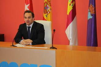 Jaime Carnicero presenta el Presupuesto de la MAS de 2015 que reduce la tasa del agua un 2,35 por ciento y elimina el canon de exceso de consumo