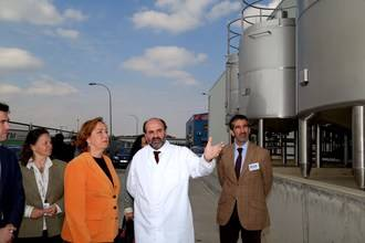 """Soriano: """"Los cambios en la normativa de los contratos del sector lechero protegen a los ganaderos y aportan estabilidad a la industria"""""""