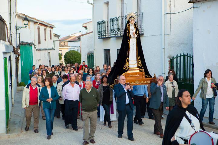 Solemnidad, devoción y música cofrade en la Semana Santa fuentenovillera
