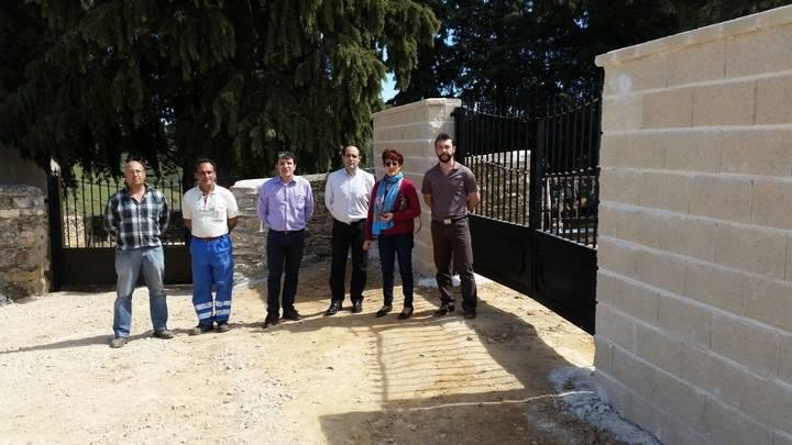 Valdepeñas de la Sierra amplía su cementerio municipal