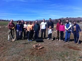 La Asociación de Amigos de El Pedregal celebró el Día del Árbol